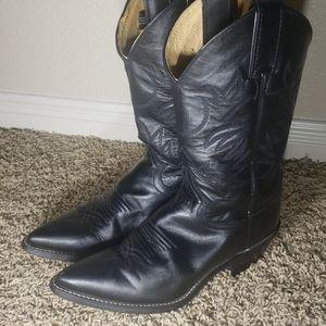 Classic Justin Cowboy Boots